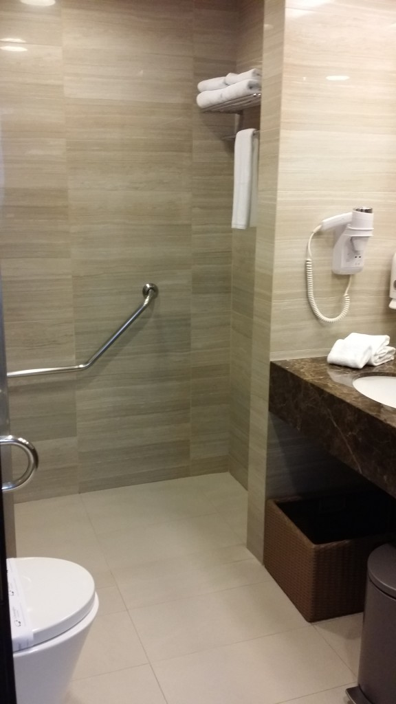 The bathroom is spacious and practical!